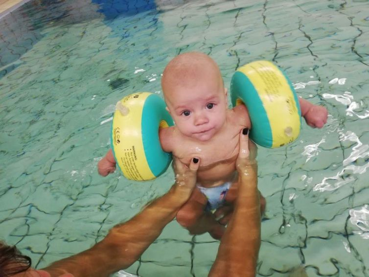 Babyfit im Wasser