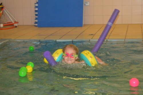 Kleinkindfit im Wasser